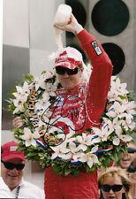 SCOTT Dixon mano firmato INDIANAPOLIS 500 2008 WINNER FOTO 12X8 7.