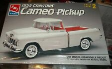 AMT 1955 Chevrolet Cameo Pickup Truck 1/25 Model Car Mountain KIT FS
