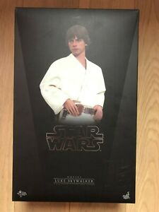 Hot Toys MMS 297 Star Wars Episode IV A New Hope Luke Skywalker Mark Hamill USED