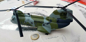 1x Boeing VERTOL CH - 46 USA HELIKOPTER NATO Helicoptere Metall 1:72 Diecast