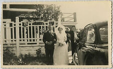 PHOTO ANCIENNE - MARIAGE VOITURE REFLET VITRE - CAR REFLECTION -Vintage Snapshot