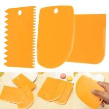 Color 3Pcs/set Icing Fondant Spatulas Pastry Scraper Edge Cake Tools Baking