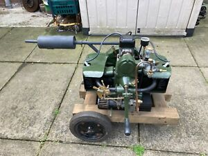 VINTAGE, COVENTRY  VICTOR MIDGET FLAT TWIN STATIONARY ENGINE, RUNS WELL,