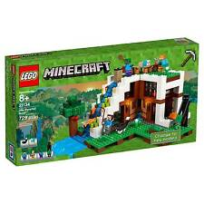 LEGO® Minecraft The Waterfall Base 21134