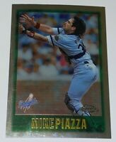 1997 Topps Chrome Jumbo Mike Piazza #9 MLB Los Angeles Dodgers Baseball Card