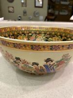 Beautiful Vintage Large Antique Japanese Porcelain Imari Bowl