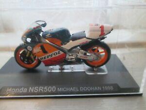 MICHAEL DOOHAN HONDA NSR500  MOTO GP 1998 1-24 SCALE MOTORCYCLE  MODEL