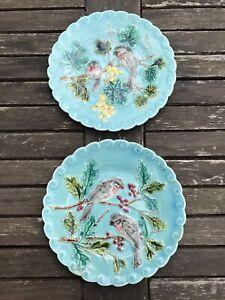Deux Assiettes Faience Sarreguemines Bleu Decor Oiseaux Barbotine