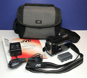 JVC Everio Hard Disk Camcorder Model GZ-MG360 BU w/ Case & Charger (READ)