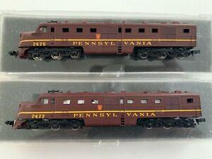 2 N Con-Cor Pennsylvania Diesel Locomotives Powered 7477 & Dummy 7475 (lighted)