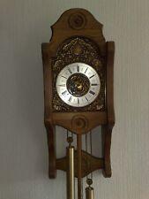 Pendeluhr mit Schlag / Wanduhr mit Pendel und Gewichten / Stiluhr / Uhr mit Gong