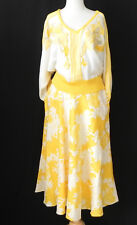 "Vtg 2pc Bat-Wing Sleeve V-Neck Sweater/Flared Skirt White/Yellow Size L(30"")"
