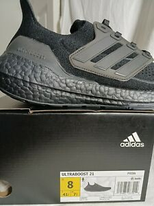 Men Adidas, sz.8, ultraboost 21, all black.