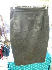 creation unique jupe cigarette noire guipure t38 atelier boite couture refc3