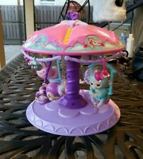 Fingerlings Twirl-A-Whirl Carousel Playset w/ 3 big Monkees, Unicorn and 6 Minis