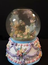 Lovebirds Snowglobe Musical Love Makes The World Go Round