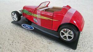 1933 Ford Chaud Tige Convertible 1:18 Echelle Métal Moulé Rouge Model Graphique
