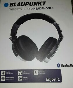 Premium Bluetooth Over-The-Ear Headphones with Microphone (Gray)