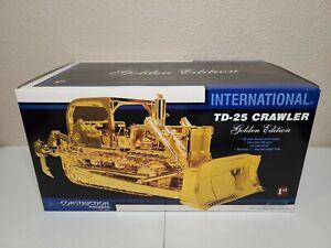 International IH TD-25 Dozer - Golden First Gear 1:25 Scale Model #79-0001