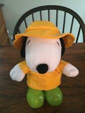 "10"" Hallmark Peanuts  SPRINGTIME SNOOPY Dog Plush Raincoat Boots Hat"