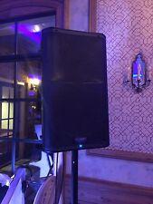 2 Qsc K12 Power Speakers w/ tote bags