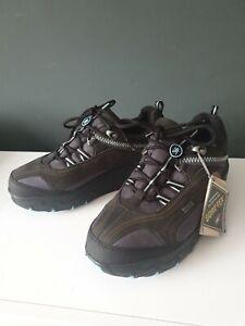 Mbt shoes Size 6