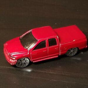 Maisto 2002 Red Dodge Ram 1500 Quad Cab 4 Door W/ Rims Covered Bed Diecast 1:64