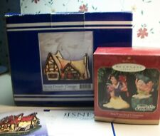 """Forma Vitrum Stained Glass Disney Snow White """"Dwarfs' Cottage"""" Figures & Boxes"""