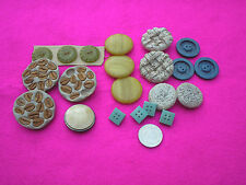 COLLECTABLE VINTAGE BUTTONS SEEDED/PLASTIC BLUES/GREENS/CREAMS JOB LOT