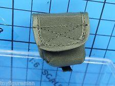 Verycool 1:6 VCF-2026 ACU Camo Female Shooter Figure - Cartridge Recycling Bag
