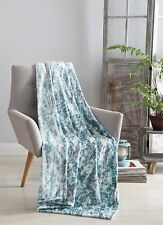 Decorative Hues of Blue Throw Blanket: Soft Plush Velvet Fleece Rain NWOP