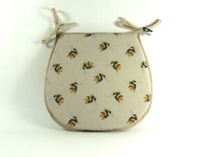 Bee Linen D-Shaped Garden/Patio/Kitchen/Dining Tie-On seat pads *3 Sizes*