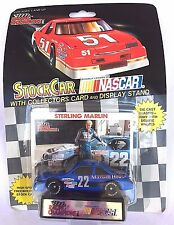 LIONEL NASCAR STOCK CAR RACING STERLING MARLIN 22 CAR COLLECTORS CARD & STAND