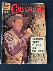 Gunsmoke #22 1960-Dell-James Arness TV photo- VG+ !! Rare !!!