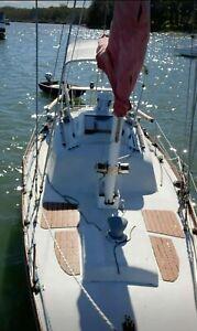 yacht 25 foot contessa