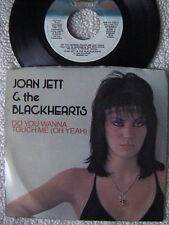 """JOAN JETT """"DO YOU WANNA TOUCH ME"""" / VICTIM OF CIRCUMSTANCE"""" 7"""" PICTURE SLEEVE 45"""
