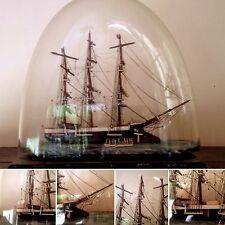 très belle maquette de bateau finement exsecuté    . XIX siècle .