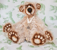 Merry by Jill Baxter / Somethings Bruin - British artist teddy bear - OOAK