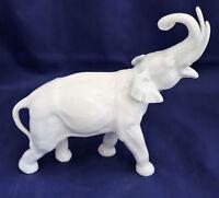Sehr gut ausgeformter Elefant, Porzellanfigur, Porzellanmanufaktur Wallendorf
