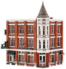 Woodland Scenics BR5847 O Davenport Department Store Structure Built-&-Ready