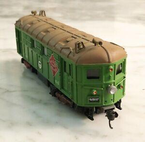 "Athearn HO Railway Express Agency ""T"" Boston Custom Diesel Locomotive Tested"