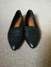 UGG flat shoes size 6
