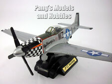 North American P-51 Mustang - 1/48 Scale Diecast Model by MotorMax