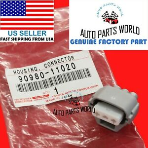 GENUINE TOYOTA TURN SIGNAL LAMP WIRE HARNESS 3PIN HOUSING CONNECTOR 90980-11020