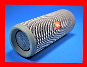JBL FLIP-4 BLUETOOTH SPEAKER - with many extras, and accessories. GREAT BASS