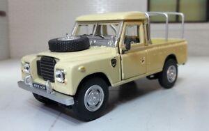 1:43 Scale Model Land Rover Series 2a 3 109 LWB Utility Pickup Oxford Cararama