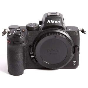 Nikon Z5 Appareil Photo Hybride Numérique 24,3 MP Neuf (Boîtier Uniquement)