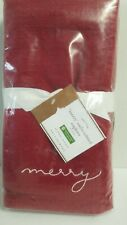 POTTERY BARN TABLETOP MERRY EMBROIDERED NAPKINS RED SET OF 4