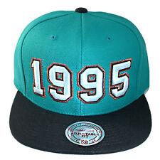 Mitchell & Ness NBA Vancouver Grizzlies Snapback Hat Hardwood Classics 1995 Logo