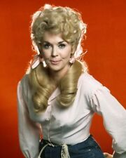 "DONNA DOUGLAS IN ""THE BEVERLY HILLBILLIES"" CBS TV - 8X10 PUBLICITY PHOTO (AZ548)"